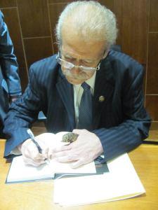 José Serrano Gonzales, la vida y las palabras