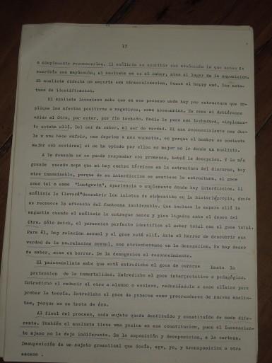 pedro oyervide :el psicoanálisis y su transmisión.páginas del 17 al 27. /El iniciador en Ecuador de una palabra fundante diferente/
